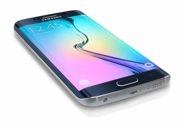 EJT0YF Samsung Galaxy S6 Edge is the first device with dual-curved glass display