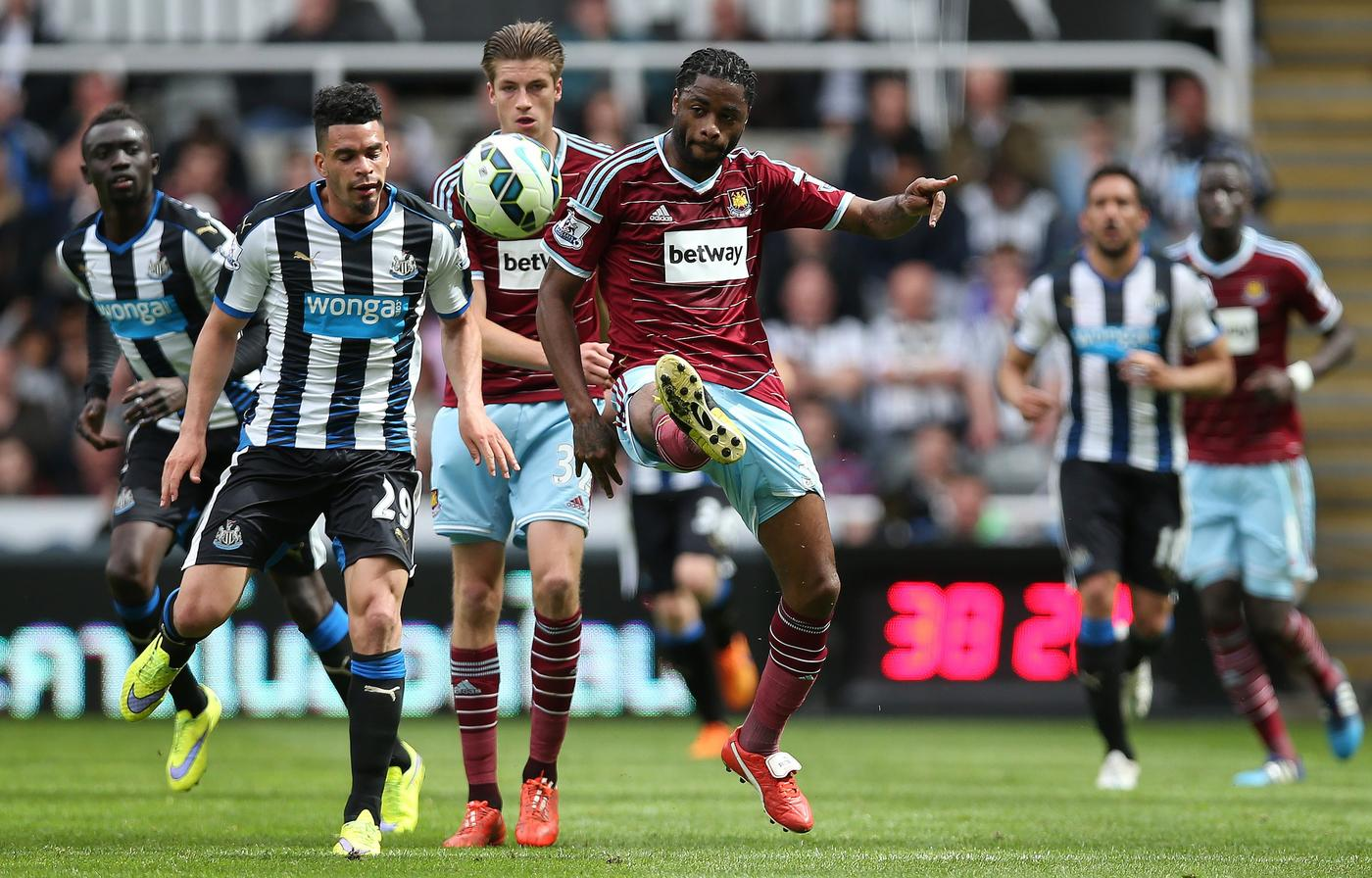 West Ham United 'looking to capture Alex Song in the summer transfer window – for free'