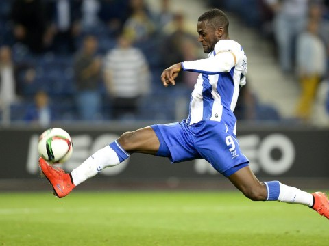 Arsenal 'still have hope of completing transfer of Porto's Jackson Martinez, agent says nothing is agreed'