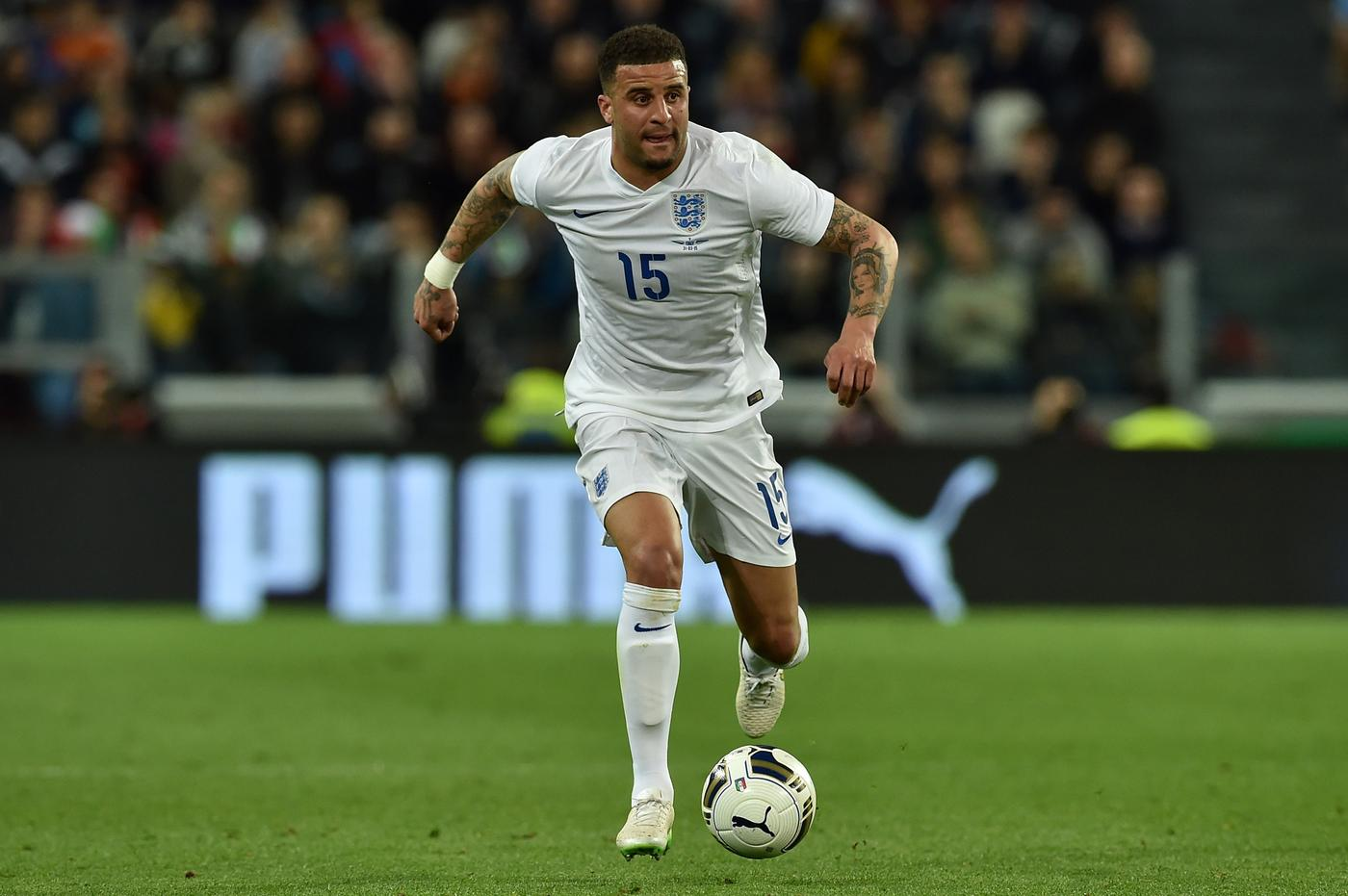 Tottenham Hotspur 'will consider transfer offers for Kyle Walker, putting Manchester United on alert'