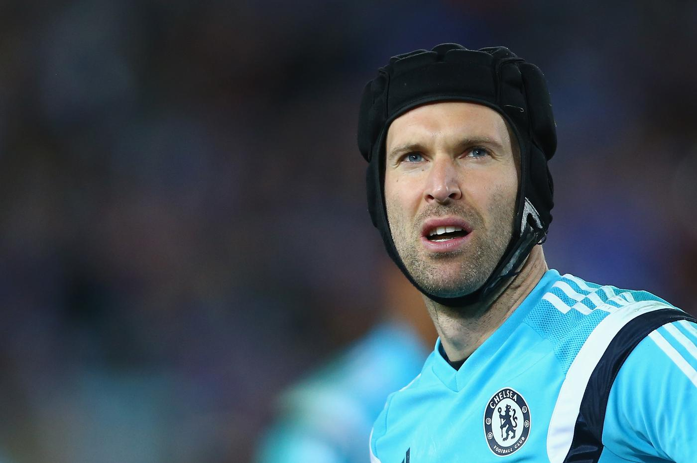 Why is Chelsea legend Petr Cech willing to throw away his legacy by making £10m Arsenal transfer?