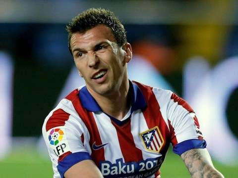 Manchester United 'very close to completing Mario Mandzukic transfer'