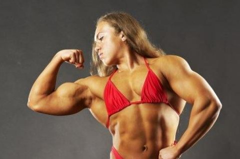 Powerful female body-builder Natalia Trukhina can lift more than you