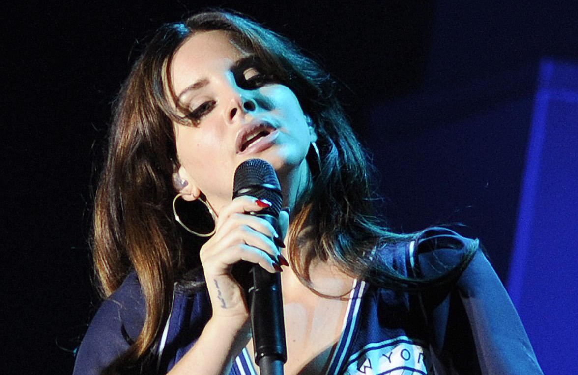 Lana Del Rey unveils Bond-esque new song Honeymoon from upcoming album