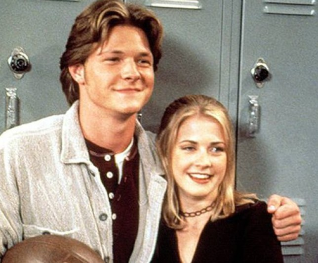 Sabrina The Teenage Witch S Nate Richert Who Played Harvey Doesn T Look Like This Anymore Metro News 'sabrina the teenage witch' actor nate richert revealed on twitter that he currently works as a janitor, maintenance man and carpenter to. nate richert who played harvey