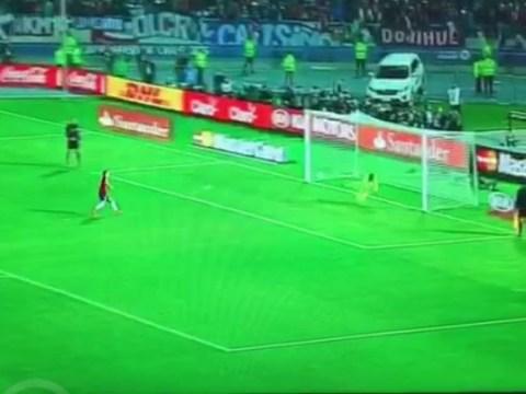 Arsenal fan reports Alexis Sanchez's panenka penalty in Copa America final to the Metropolitan Police