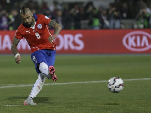 Arsenal 'remain hopeful over Arturo Vidal despite Bayern Munich interest'