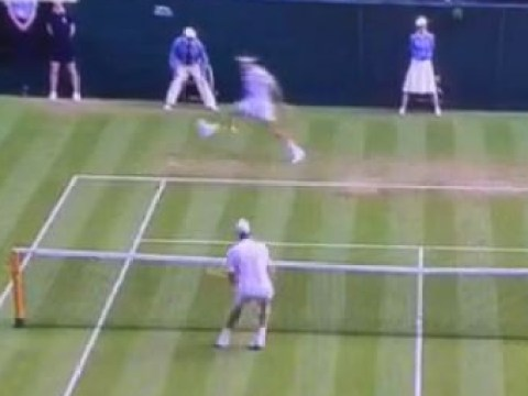 Roger Federer hits the best shot you'll see at Wimbledon 2015
