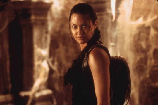 lara croft tomb raider movie 2001 cast
