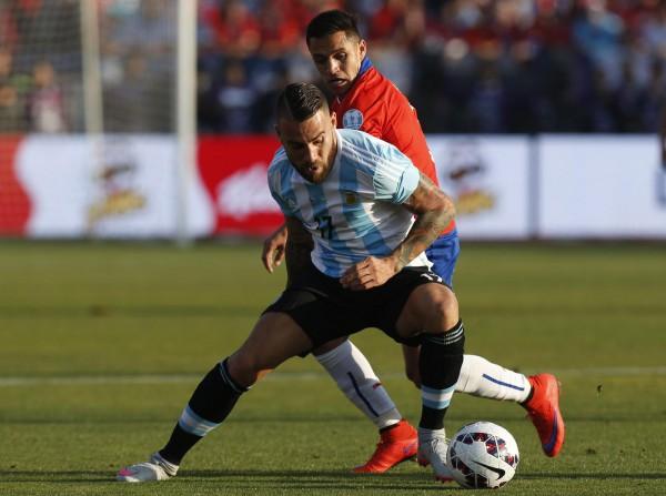 Manchester United 'want super-agent Jorge Mendes to help land Valencia's Nicolas Otamendi'