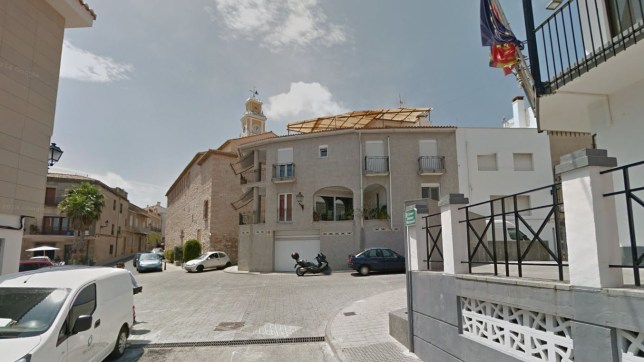 The town that sleeps from 2pm to 5pm (Picture: Google Street View)
