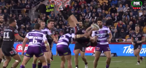 Nathan Friend's incredible upside down pass helps New Zealand Warriors' Tuimoala Lolohea score the best try of all time