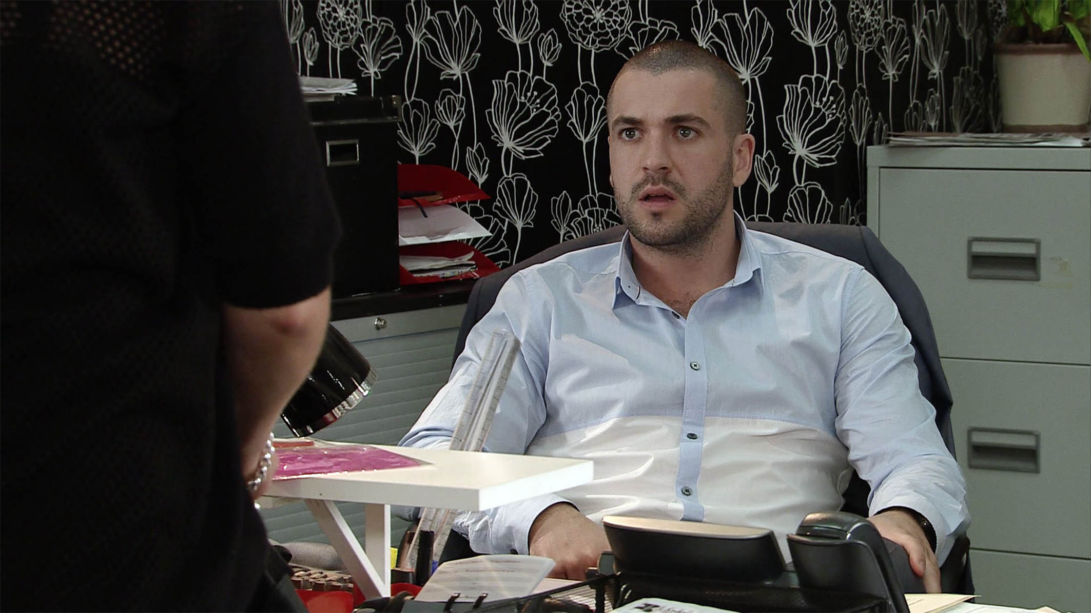 FROM ITV STRICT EMBARGO -TV Listings Magazines & websites Tuesday 18 August 2015, Newspapers Saturday 22 August 2015 Coronation Street - Ep 8717 Wednesday 26 August 2015 When Carla leaves Aidan Connor [SHAYNE WARD] in charge of the factory, Nick suspects that she's heading to the casino. Alya Nazir [SAIR KHAN] is amused by Aidan's attempts to deal with an irate client. Picture contact: david.crook@itv.com on 0161 952 6214 This photograph is (C) ITV Plc and can only be reproduced for editorial purposes directly in connection with the programme or event mentioned above, or ITV plc. Once made available by ITV plc Picture Desk, this photograph can be reproduced once only up until the transmission [TX] date and no reproduction fee will be charged. Any subsequent usage may incur a fee. This photograph must not be manipulated [excluding basic cropping] in a manner which alters the visual appearance of the person photographed deemed detrimental or inappropriate by ITV plc Picture Desk. This photograph must not be syndicated to any other company, publication or website, or permanently archived, without the express written permission of ITV Plc Picture Desk. Full Terms and conditions are available on the website www.itvpictures.com