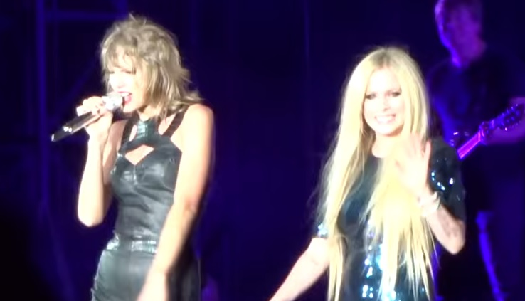 Avril Lavigne sung Complicated with Taylor Swift and it was perfect