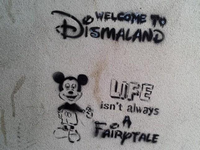 Banksy Dismaland street art