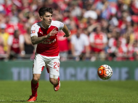 Hector Bellerin or Mathieu Debuchy? Who is Arsenal's best right-back?