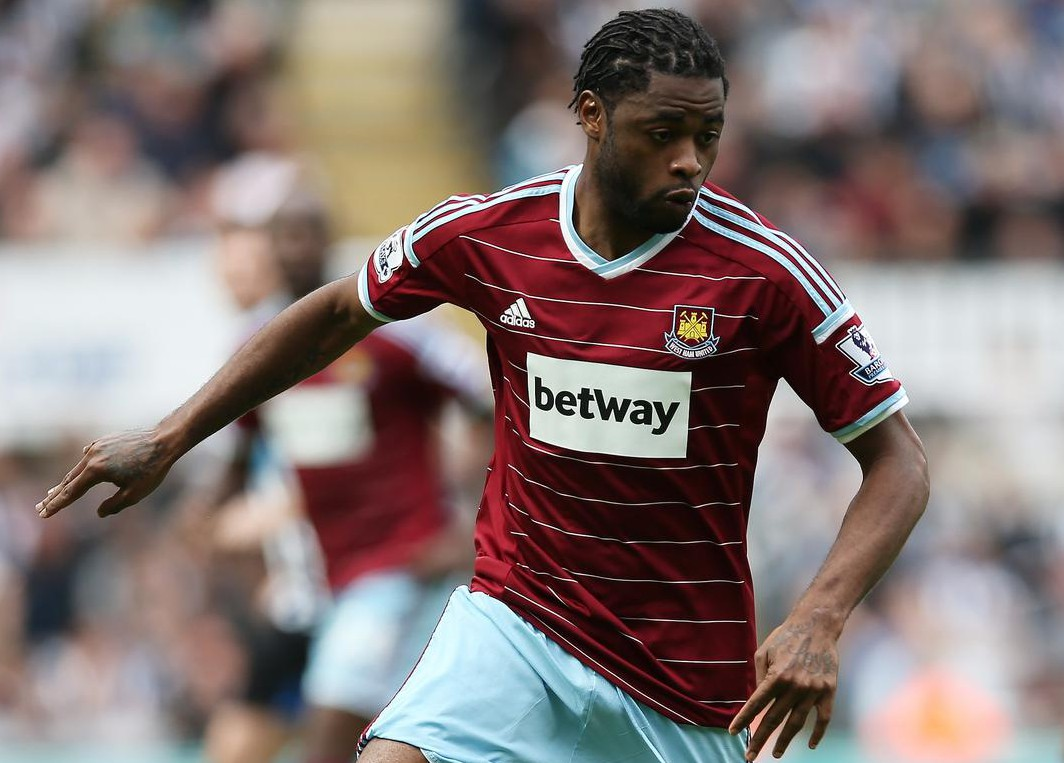 West Ham 'have deal in place to sign Barcelona midfielder Alex Song subject to a medical'