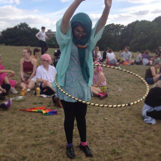 Hula-Hooping-Hijab