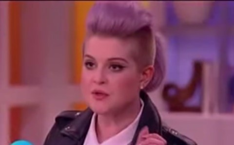 Kelly Osbourne sparks online outrage over her shocking comment about Latinos