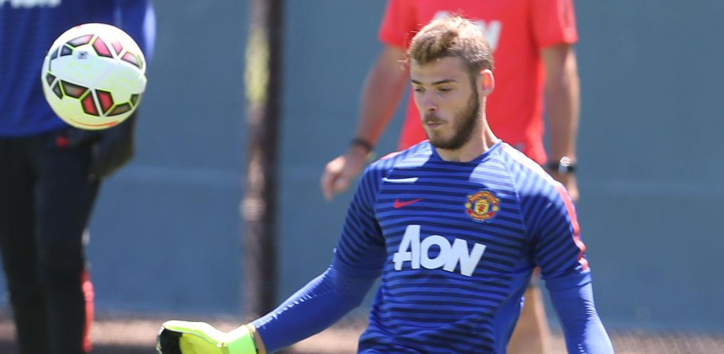 David De Gea stays at Manchester United after Real Madrid fail to complete transfer before deadline