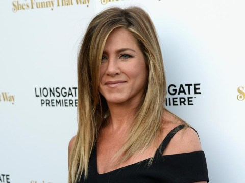Jennifer Aniston's diamond and gold wedding ring is spectacular