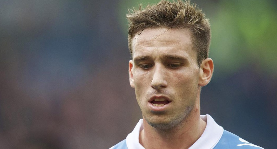 Louis van Gaal 'makes contact with Lucas Biglia's former manager ahead of Manchester United transfer'