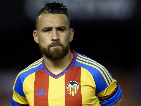 Manchester United 'clear to complete Nicolas Otamendi transfer as Valencia drop him for crucial training match'