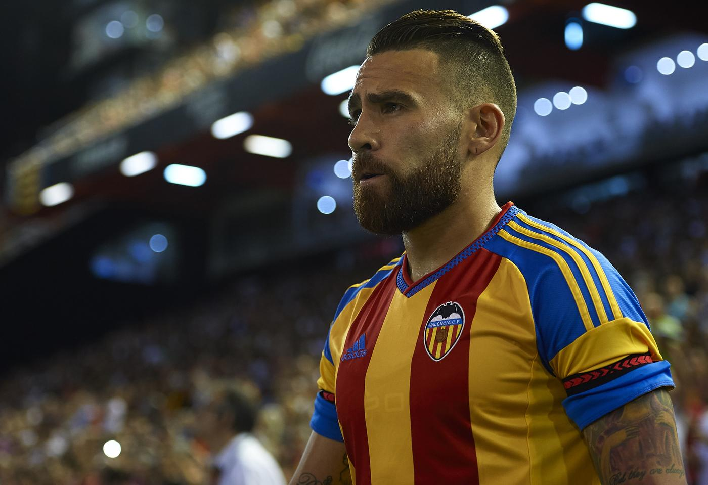 Manchester United 'cleared to seal Nicolas Otamendi transfer as he refuses to train for Valencia'