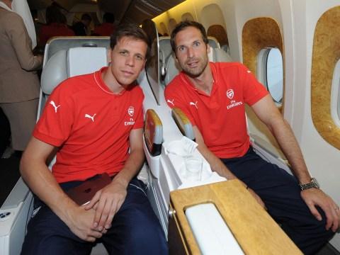 Wojciech Szczesny is a better keeper than Arsenal's Petr Cech, says Polish legend