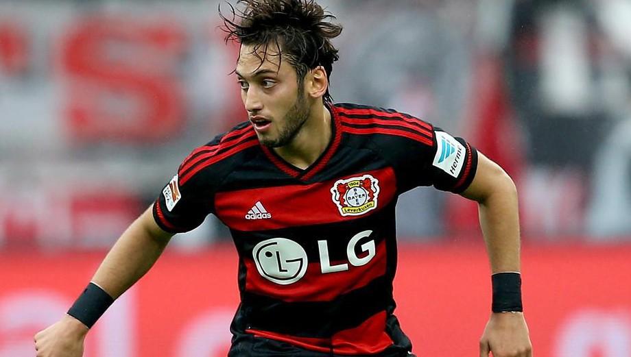 Manchester United set sights on Hakan Calhanoglu transfer – report
