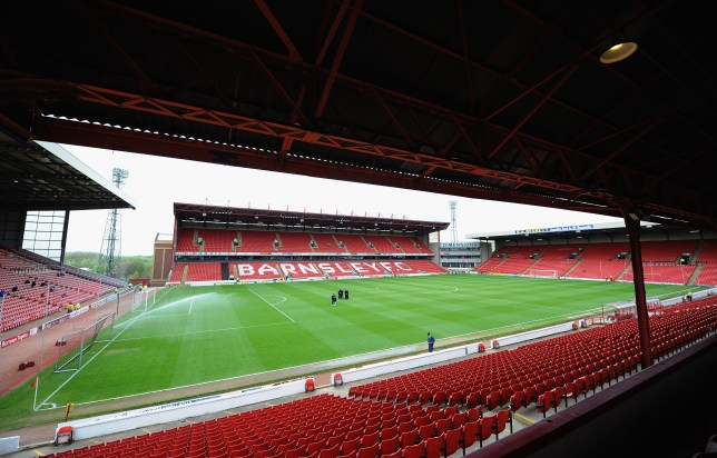 BARNSLEY, ENGLAND - APRIL 19: A view of Oakwell Stadium, home of Barnsley FC during the Sky Bet Championship match between Barnsley and Leeds United at Oakwell on April 19, 2014 in Barnsley, England, (Photo by Tony Marshall/Getty Images)