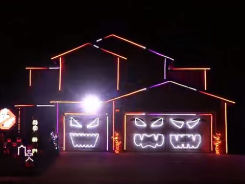 This spook-tacular Ghostbusters themed light show might have just won Halloween