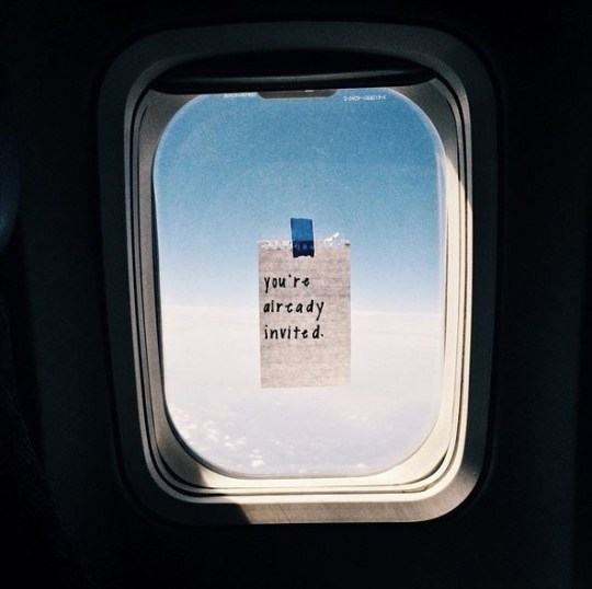 WordsFromTheWindowSeat: Flight attendant leaves notes for ...