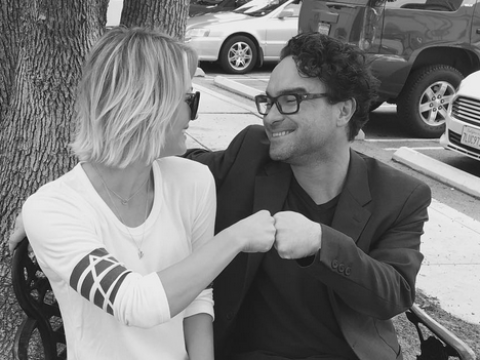 Calm down The Big Bang Theory fans, Kaley Cuoco and Johnny Galecki are NOT back together