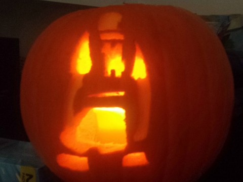 Can you guess which Arsenal legend has been carved into this Halloween pumpkin?