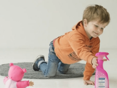 Children choose household chemicals like bleach over toys in scary experiment