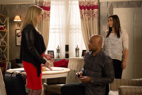 FROM ITV STRICT EMBARGO - No Use Before Tuesday 10 November 2015 Coronation Street - Ep 8773 Monday 16 November 2015 - 1st Ep Telling Liz McDonald [BEVERLEY CALLARD] how he wants a fresh start, Tony Stewart [TERRENCE MAYNARD] goes down on one knee. As Liz reels in shock, Michelle Connor [KYM MARSH] arrives in the pub and is horrified to find Tony mid-proposal! Picture contact: david.crook@itv.com on 0161 952 6214 Photographer - Joseph Scanlon This photograph is (C) ITV Plc and can only be reproduced for editorial purposes directly in connection with the programme or event mentioned above, or ITV plc. Once made available by ITV plc Picture Desk, this photograph can be reproduced once only up until the transmission [TX] date and no reproduction fee will be charged. Any subsequent usage may incur a fee. This photograph must not be manipulated [excluding basic cropping] in a manner which alters the visual appearance of the person photographed deemed detrimental or inappropriate by ITV plc Picture Desk. This photograph must not be syndicated to any other company, publication or website, or permanently archived, without the express written permission of ITV Plc Picture Desk. Full Terms and conditions are available on the website www.itvpictures.com