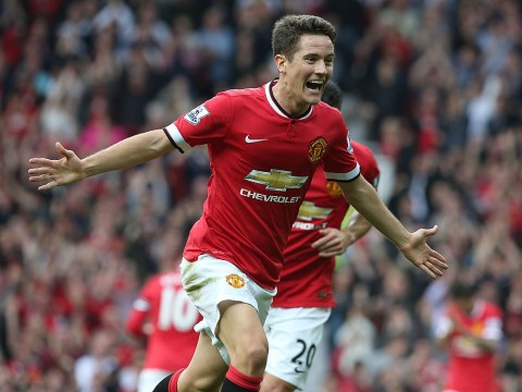Manchester United midfielder Ander Herrera wants Paul Scholes to teach him to become the complete player
