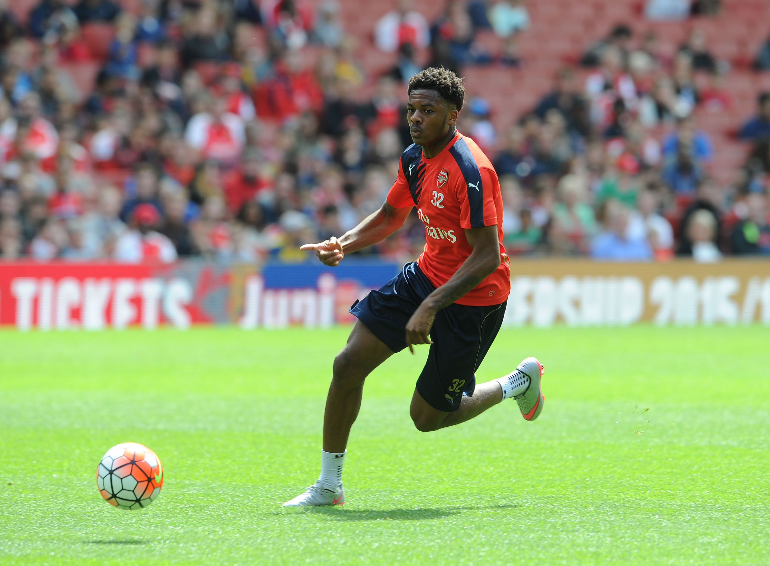 Arsenal striker Chuba Akpom hopes to replicate Tottenham's Harry Kane