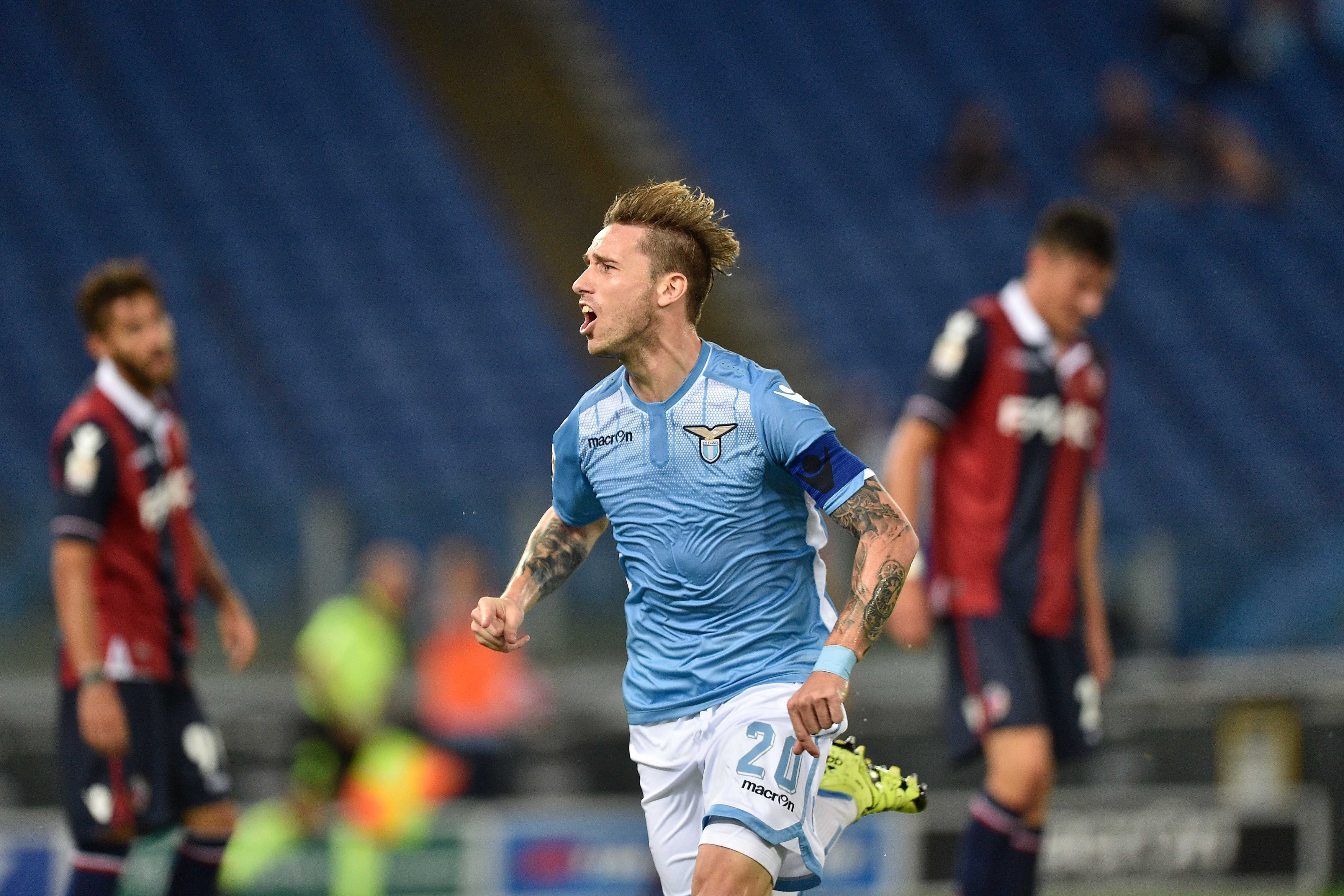 Manchester United could beat Real Madrid to Lucas Biglia transfer with superior contract offer – report