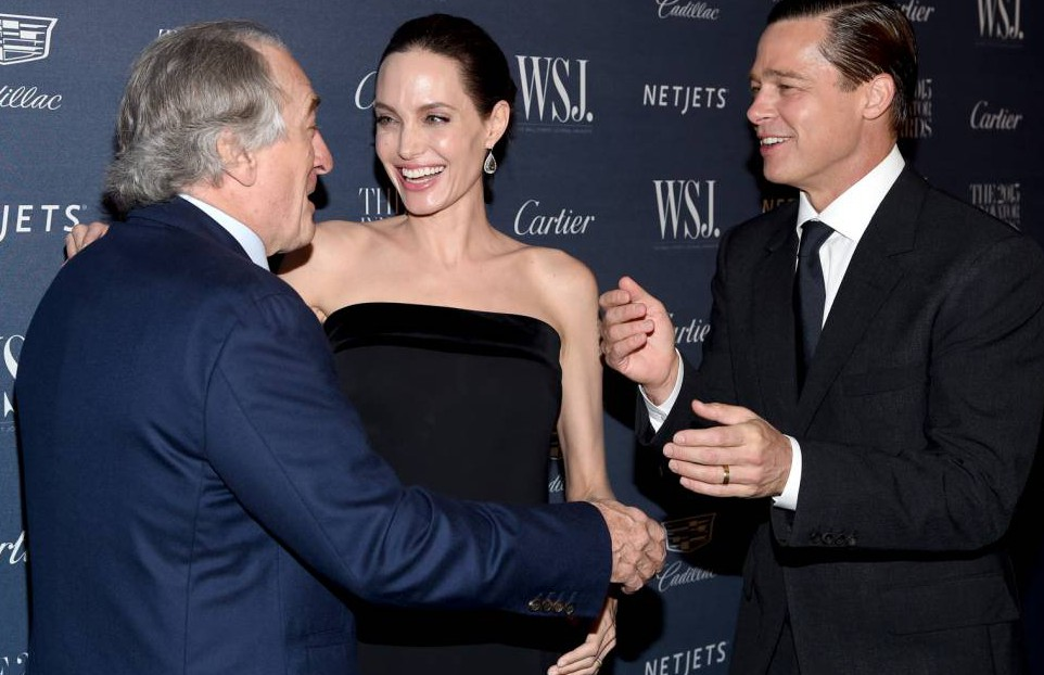 Robert de Niro got very familiar with Brangelina at a New York awards bash