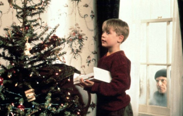No Merchandising. Editorial Use Only. No Book Cover Usage... Mandatory Credit: Photo by Moviestore/REX Shutterstock (1591434a).. Home Alone, Macaulay Culkin, Joe Pesci.. Film and Television.. ..