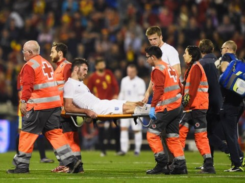Manchester United midfielder Michael Carrick set for stint on the sidelines with suspected ankle ligament damage