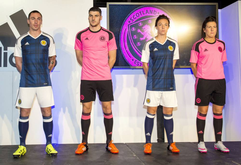 22/11/15 JD SPORTS - GLASGOW (L/R) Scott Brown, Callum Paterson, Rachel Corsie and Leanne Crichton unveil the Scotland home and away kit.