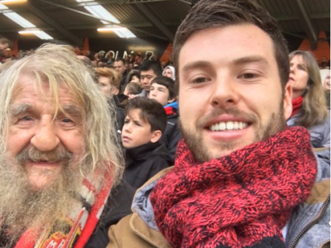 Generous Bournemouth fan takes 'Gordan the tramp' with him to the Newcastle game