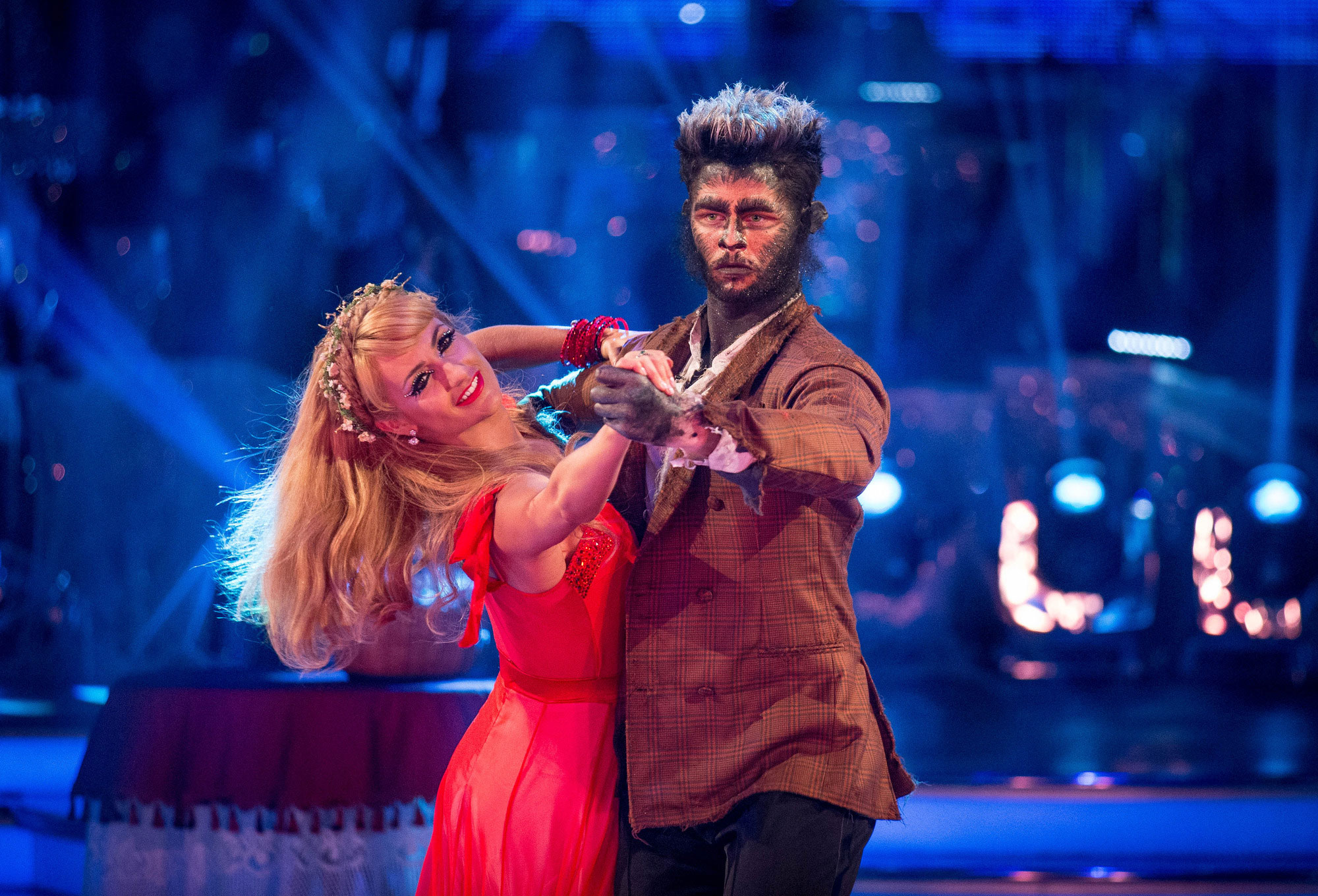 Strictly Come Dancing: Jay and Aliona 'rowing' over his flirty texts sent to other dancers