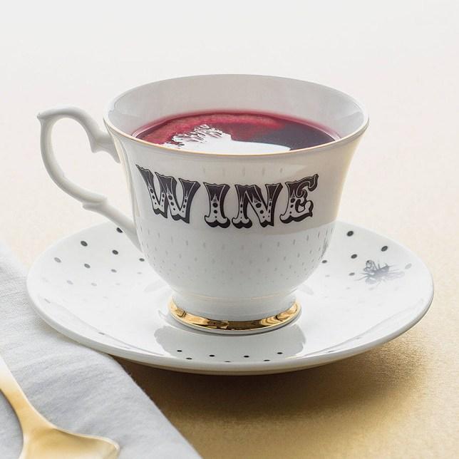 PHOTO 10 original_wine-teacup-and-saucer