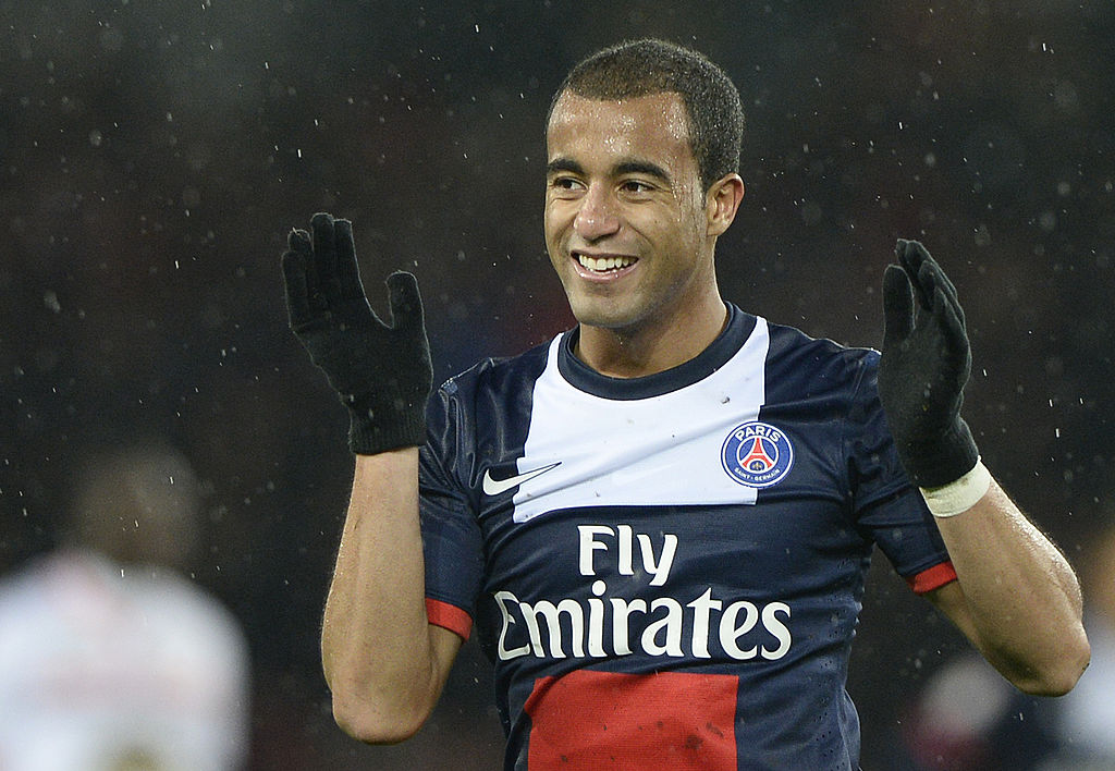 Lucas Moura likely to choose Arsenal transfer because of Arsene Wenger – report