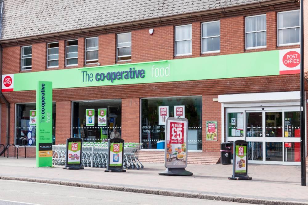 F1XJWD The Co-operative Food store, West Bridgford, Nottinghamshire, England, UK