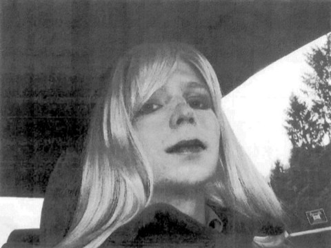 Chelsea Manning to receive gender reassignment in prison
